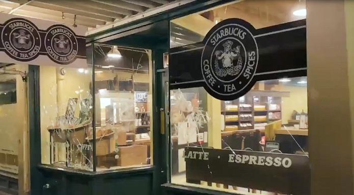 Original Starbucks in Seattle